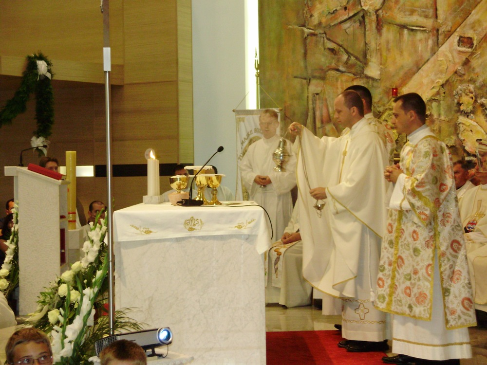 prigodne čestitke za mladu misu Mlada misa vlč. Tihomira Koseca prigodne čestitke za mladu misu